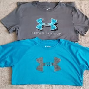 2 boy's Under Armour shirts